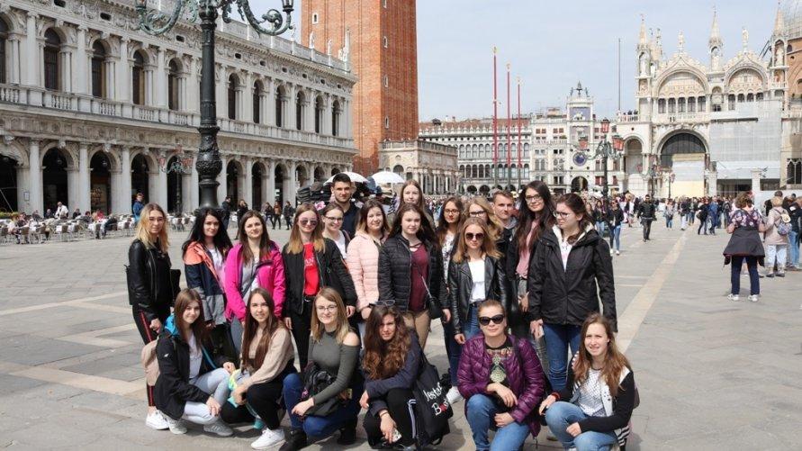 Uczniowie zwoleńskiego technikum odbyli dwutygodniowe praktyki zawodowe we Włoszech!