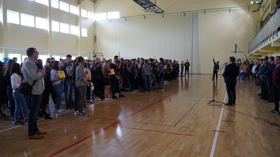 Absolwenci gimnazjów i szkół podstawowych wzięli udział w Dniu Otwartym ZSR-T w Zwoleniu