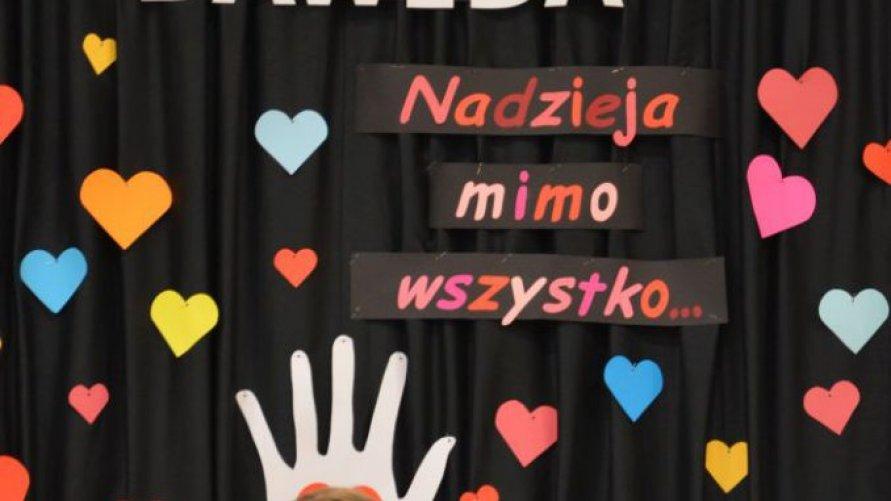 Charytatywny koncert dla chorego chłopca – uczniowie zwoleńskiego liceum po raz kolejny stanęli na wysokości zadania!